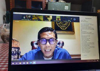 Pengusaha Minang asal Sulit Air, Yendra  Fahmi, saat acara silahturrahim dengan pengurus Surau Sydney  Australia (SSA), Sabtu (26/9) melalui Zoom Meeting yang diikuti tokoh-tokoh Minang, baik di Australia maupun di Indonesia. IST
